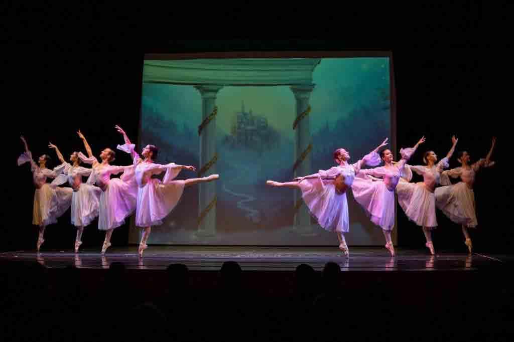 """""""Lo Schiaccianoci"""" - Accademia Ucraina di Balletto"""